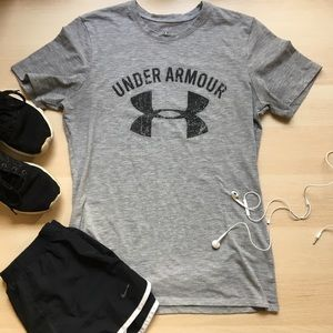 Women's Gray Under Armour Tee, T-shirt, Medium